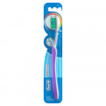 Oral-B All Rounder Fresh Clean Soft Manual Toothbrush – 1 Pack