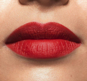 Scarlet Silhouette